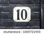 house number ten  10    Shutterstock . vector #1005721543