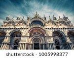 saint mark s basilica in venice ... | Shutterstock . vector #1005998377