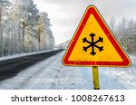 winter warning sign shows... | Shutterstock . vector #1008267613