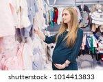 A Pregnant Woman Chooses...