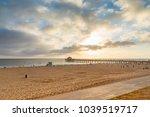 manhattan beach at sunset  los... | Shutterstock . vector #1039519717