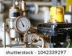 pressure gauge using measure... | Shutterstock . vector #1042339297
