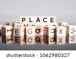 Place Word Cube On Reflection