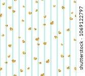 gold heart seamless pattern.... | Shutterstock .eps vector #1069122797