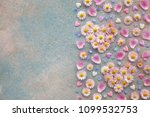 hearts of flowers of daisies ... | Shutterstock . vector #1099532753