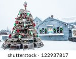 Lobster Trap Christmas Tree