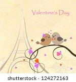 love birds on the eiffel tower