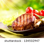 Постер, плакат: Grilled Beef Steak BBQ