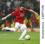 Постер, плакат: Owen Hargreaves at the