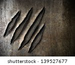 claws scratches marks on rusty... | Shutterstock . vector #139527677