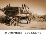 Antique Carriage Use During Fa...