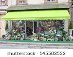 Flower Shop In Verneuil Sur...