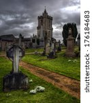 Eerie Old Graveyard In Stirlin...