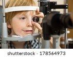 Closeup Of Male Optician's Han...