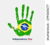 Mano impresa, que lleva la bandera. Día de la independencia. Estilo grunge. Grunge mano impresa con la bandera. Impresión de la mano y cinco dedos. Utilizado como un icono, tarjeta de felicitación, material impreso. Bandera de Brasil