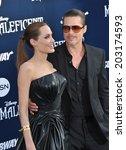 Постер, плакат: Angelina Jolie & Brad