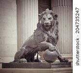 The Lion Statue In Madrid ...