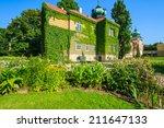 Green Gardens Of Beautiful...