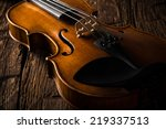Violin In Vintage Style On Woo...