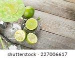 Classic Margarita Cocktail Wit...
