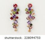 Beautiful Fashion Earrings Sho...