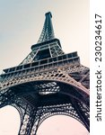 Eiffel Tower With Pastel Colou...