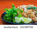 Stir Fry Noodles  Thai Food Pa...