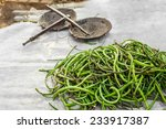 Organic Local Yard Long Beans...