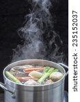 I Make Chicken Broth In A Pot