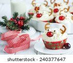 Christmas Cupckaes In The Shap...