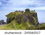 Dunnottar Castle Ruins ...