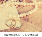 Wedding Rings With Pearl...