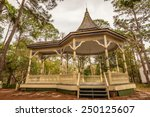 williams park bandstand in the