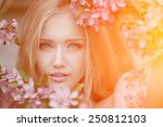 Young Spring Fashion Woman  In...