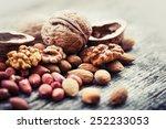 almonds  walnuts and hazelnuts... | Shutterstock . vector #252233053