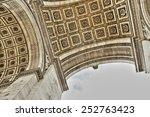 triumphal arc in paris france   Shutterstock . vector #252763423