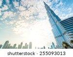 Dubai  Uae   December 8  2012 ...