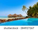 Постер, плакат: Pool on tropical Maldives
