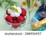 Strawberries With Whipped Crea...