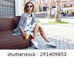 Outdoor Lifestyle Fashion...