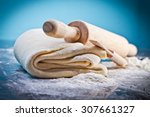 Classic Wooden Rolling Pin Wit...
