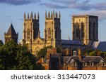 the magnificent york minster in ...