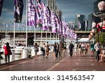 darling harbour  sydney ...