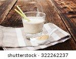 maca powder on spoon and maca... | Shutterstock . vector #322262237