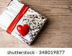 Giftbox With Rings And Heart ...