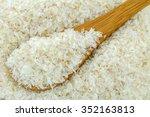 A spoon of dried psyllium husk...