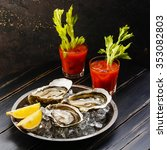 Shucked Oysters Fines De Clair...
