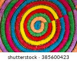 Color Of Threads In Circle...