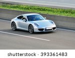Постер, плакат: Porsche on the highway