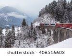 Famous Sightseeing Train...